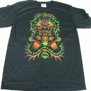 NWOT Cannabis Lion Graphic T-Shirt - Various Sizes